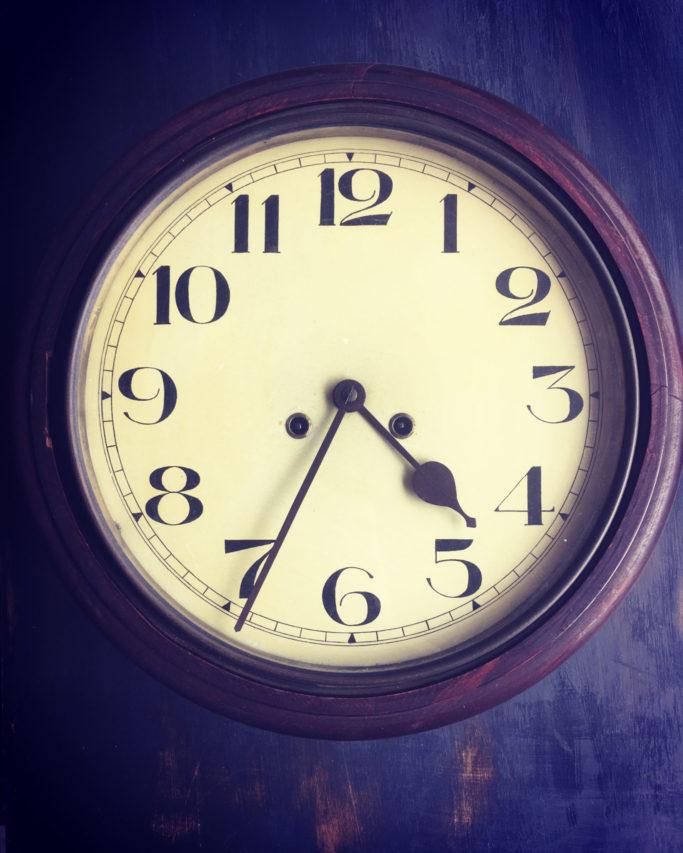 アンティーク 時計 レガロビズ 高松 カフェ 古道具